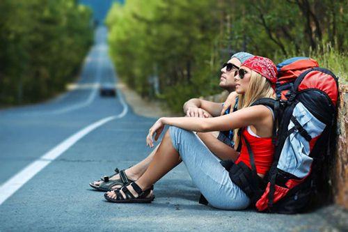 luôn cho ba lô du lịch được song hành cùng bạn mỗi ngày