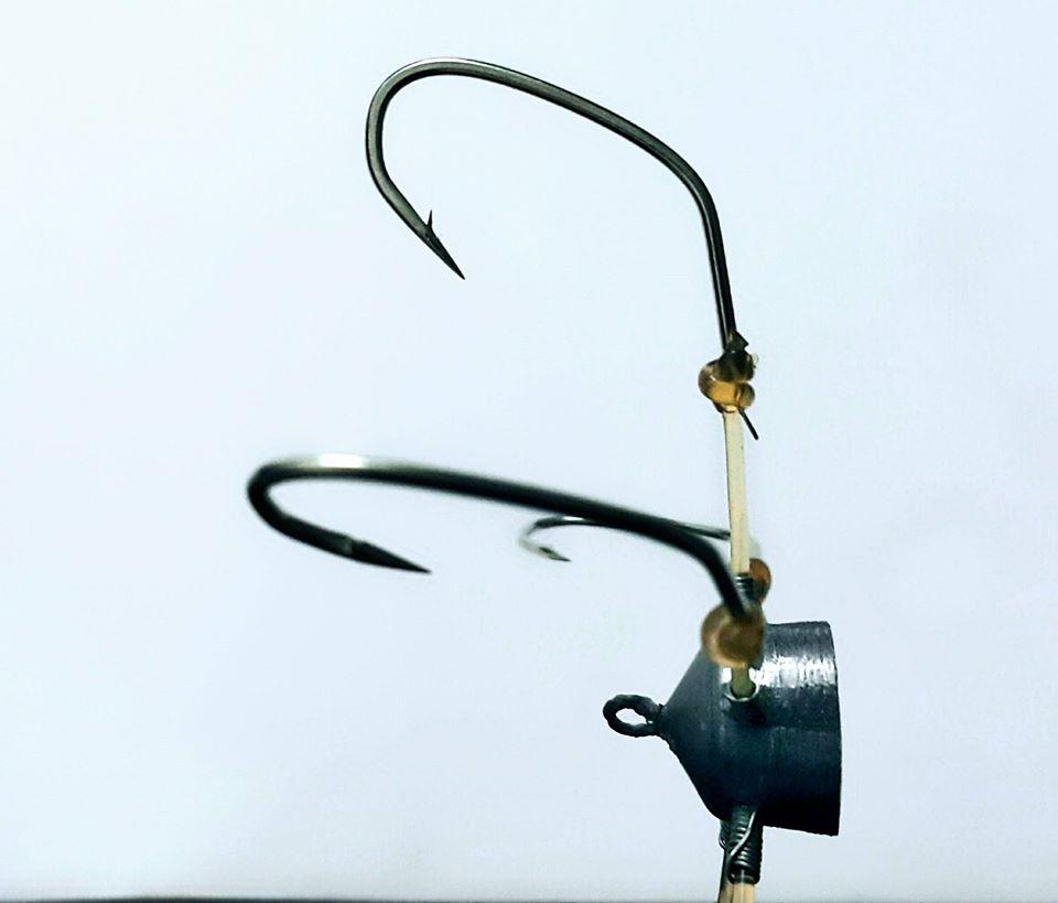 Dựa trên ngạnh của lưỡi câu cá